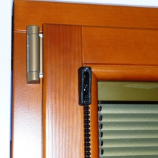 Integral blinds IZOGLAS with manual control